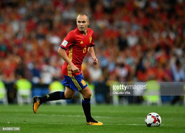 Andrés Iniesta of Spain in action during the FIFA 2018 World Cup Qualifier between Spain and Italy at Estadio Santiago Bernabeu on September 2 2017...