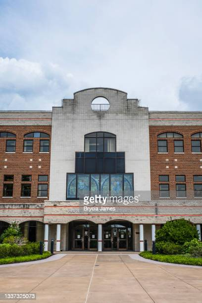 andruss library at bloomsburg university - brycia james stock pictures, royalty-free photos & images