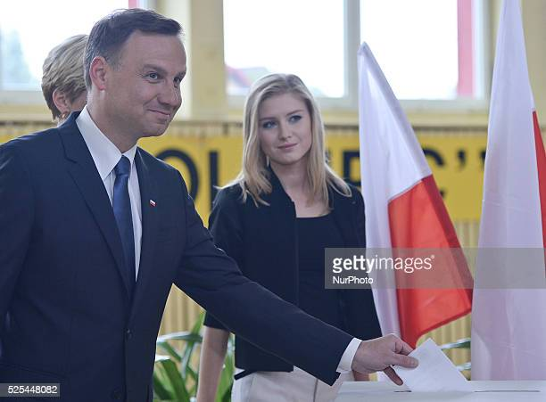 Andrzej Duda the Law and Justice party candidate in Polish presidential election 2015 accompanied by wife Agata Kornhauser and daugther Kinga casts...