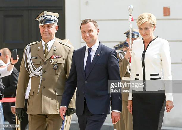 Andrzej Duda with his wife Agata arrive at the ceremony where he is to be sworn in as the President of Poland on August 6 2015 at the Parliament...