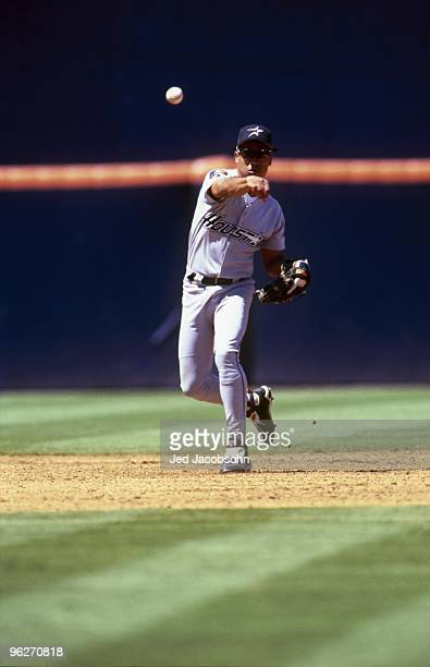 Andujar Cedeno of the Houston Astros fields a throw during their MLB game against the San Diego Padres on June 19 1994 at Jack Murphy Stadium in San...