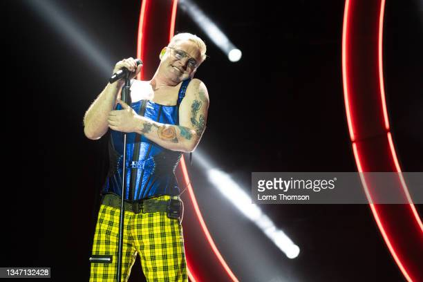 Andy Bell of Erasure performs at The O2 Arena on October 17, 2021 in London, England.