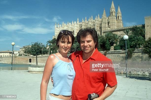 Andy Borg Ehefrau Birgit Kathedrale Palma de Mallorca Balearen Spanien Europa Urlaub VolksmusikModerator Sänger Musiker