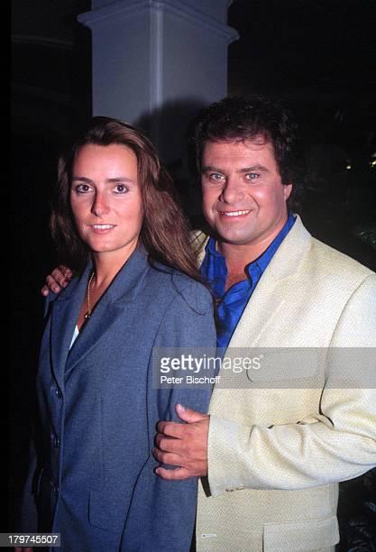 Andy Borg mit 2 Ehefrau BirgitStrobel TVSchlagerpreis Goldene RoyLaxenburg