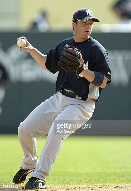 Andy Cannizaro of the New York Yankees fields the ball during a Spring Training game against the Atlanta Braves on March 8 2007 at The Ballpark at...