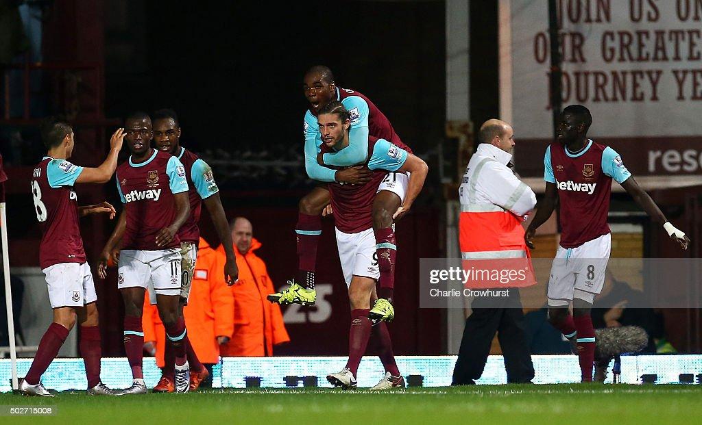 West Ham United v Southampton - Premier League : Nachrichtenfoto