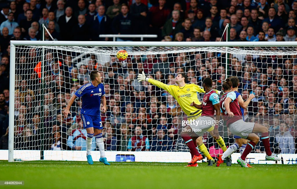 Andy Carroll (2nd R) of West Ham United scores his team's second goal during the Barclays Premier League match between West Ham United and Chelsea at Boleyn Ground on October 24, 2015 in London, England.