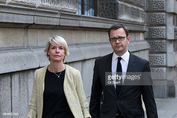Andy Coulson leaves the Old Bailey with his wife Eloise Coulson on April 14 2014 in London England Former government director of communications and...