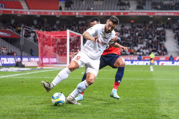 MHSC -EQUIPE DE MONTPELLIER -LIGUE1- 2019-2020 - Page 3 Andy-delort-of-montpellier-and-gabriel-of-lille-during-the-french-1-picture-id1188346454?k=6&m=1188346454&s=612x612&w=0&h=NtkykSB0oWDJ-q8wAH8C5zpKrp_q9Gnqyr_EqJ8OU5s=