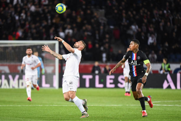 MHSC -EQUIPE DE MONTPELLIER -LIGUE1- 2019-2020 - Page 5 Andy-delort-of-montpellier-and-presnel-kimpembe-of-psg-during-the-1-picture-id1197940310?k=6&m=1197940310&s=612x612&w=0&h=IvTCqgv8QfrXdGqHsdix5crm7uHaMU6PDqXCCZ7AspA=