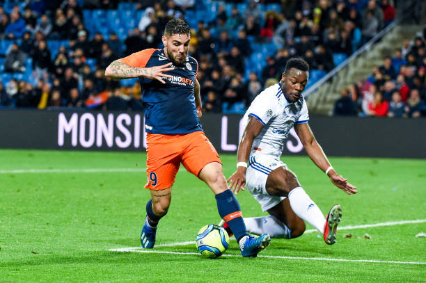 MHSC -EQUIPE DE MONTPELLIER -LIGUE1- 2019-2020 - Page 6 Andy-delort-of-montpellier-ans-lamine-kone-of-strasbourg-during-the-picture-id1204250242?k=6&m=1204250242&s=612x612&w=0&h=9NTofHHoeMiKZq72ZbnA6ZyXR4hIXZd96hgIXP6gX54=