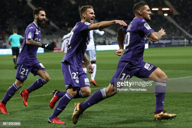 Andy Delort of Toulouse reacts after his goal during the Ligue 1 match between Toulouse and OGC Nice at Stadium Municipal on November 29 2017 in...