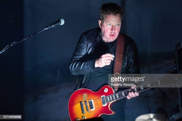 Andy Dunlop of Travis performs on stage at The SSE Hydro on December 21, 2018 in Glasgow, Scotland.