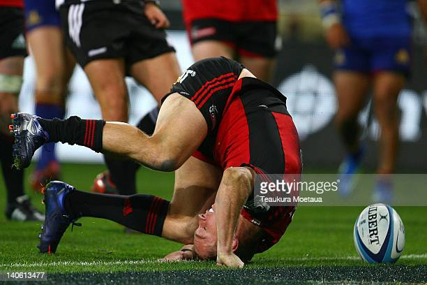 Andy Ellis of the Crusaders scores a try during the round two Super Rugby match between the Highlanders and the Crusaders at Forsyth Barr Stadium on...