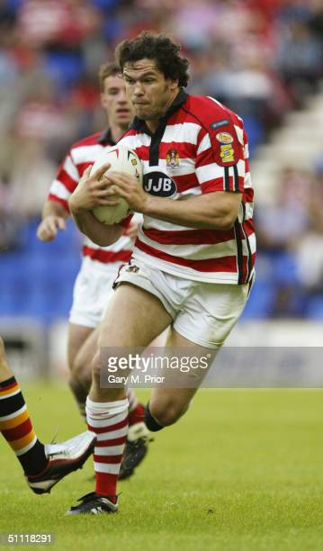 Andy Farrell of Wigan in action during the Tetley's Super League match between Wigan Warriors and Bradford Bulls at the JJB Stadium on July 16, 2004...
