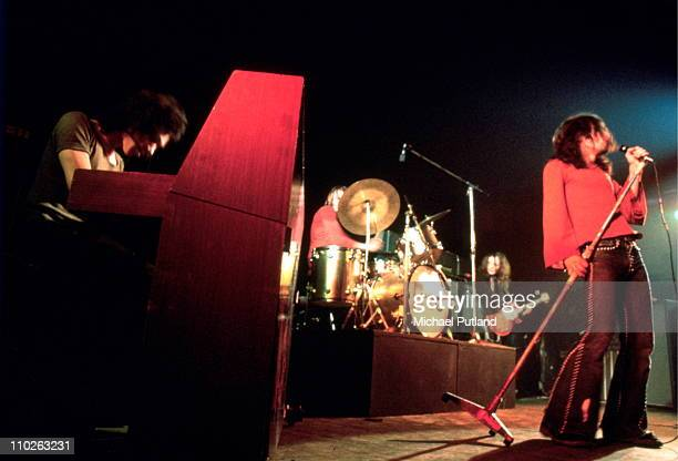 Andy Fraser and Paul Rodgers of Free perform on stage at Newcastle City Hall 1972