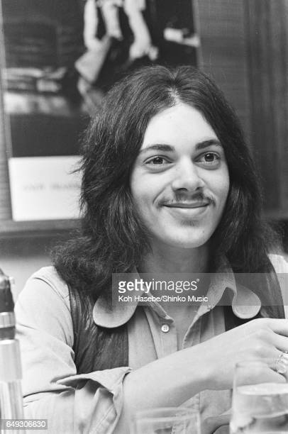Andy Fraser at a press conference April 1970