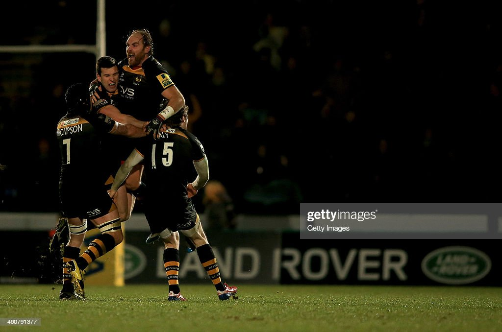 Andy Goode of Wasps celebrates winning the game with a last minute drop goal during the Aviva Premiership match between London Wasps and Exeter Chiefs at Adams Park on January 5, 2014 in High Wycombe, England.