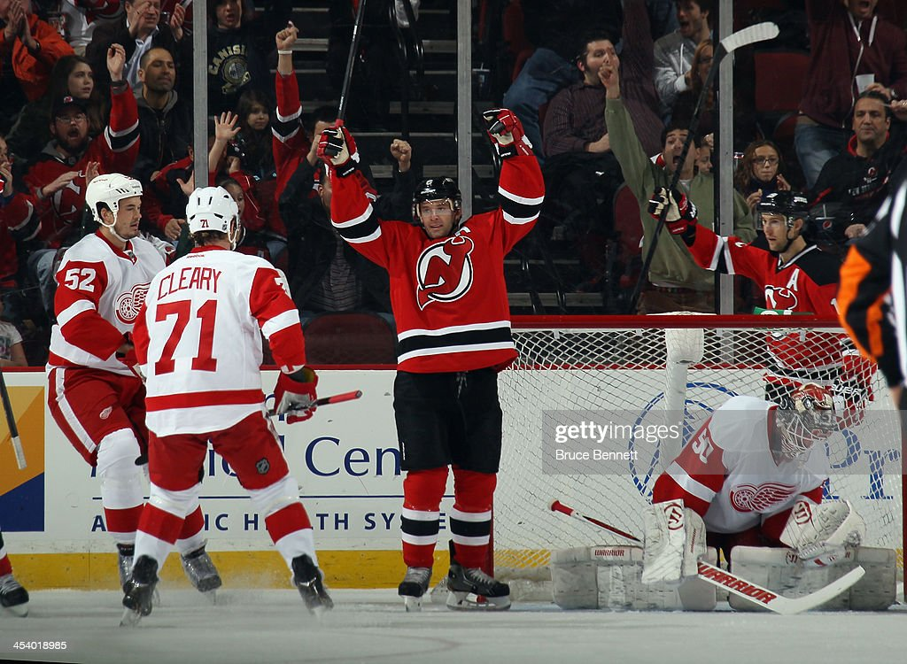 Detroit Red Wings v New Jersey Devils : News Photo