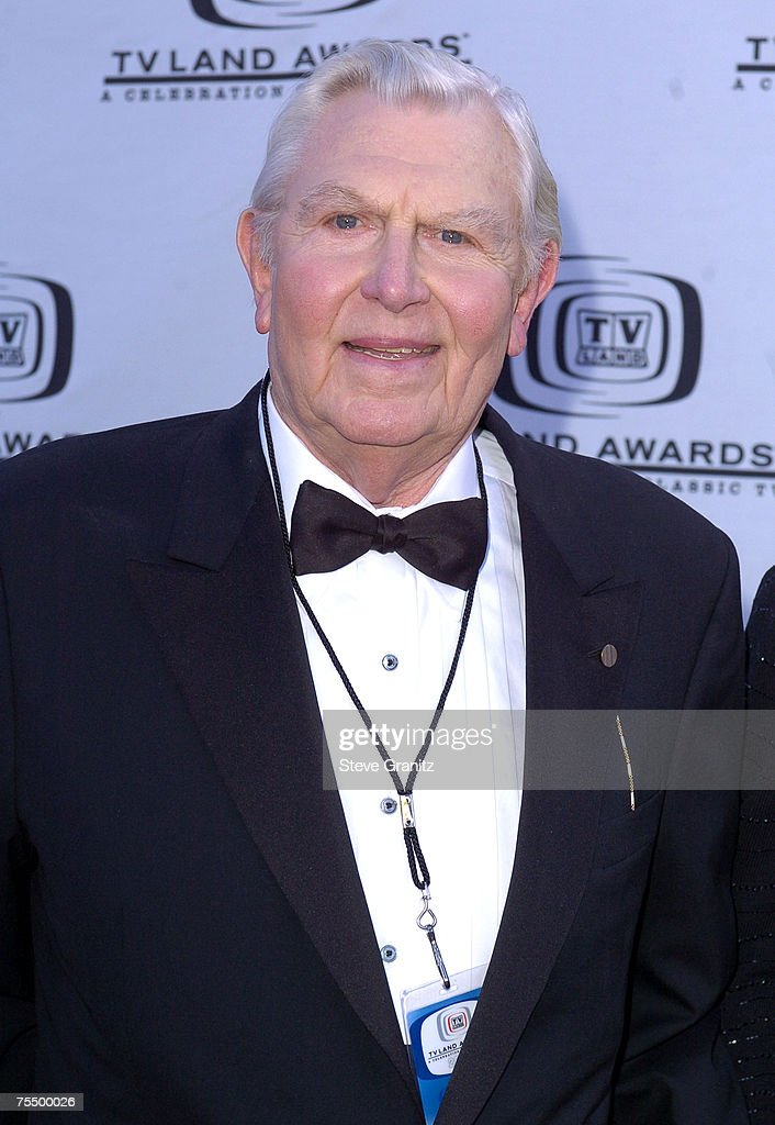 2nd Annual TV Land Awards - Arrivals