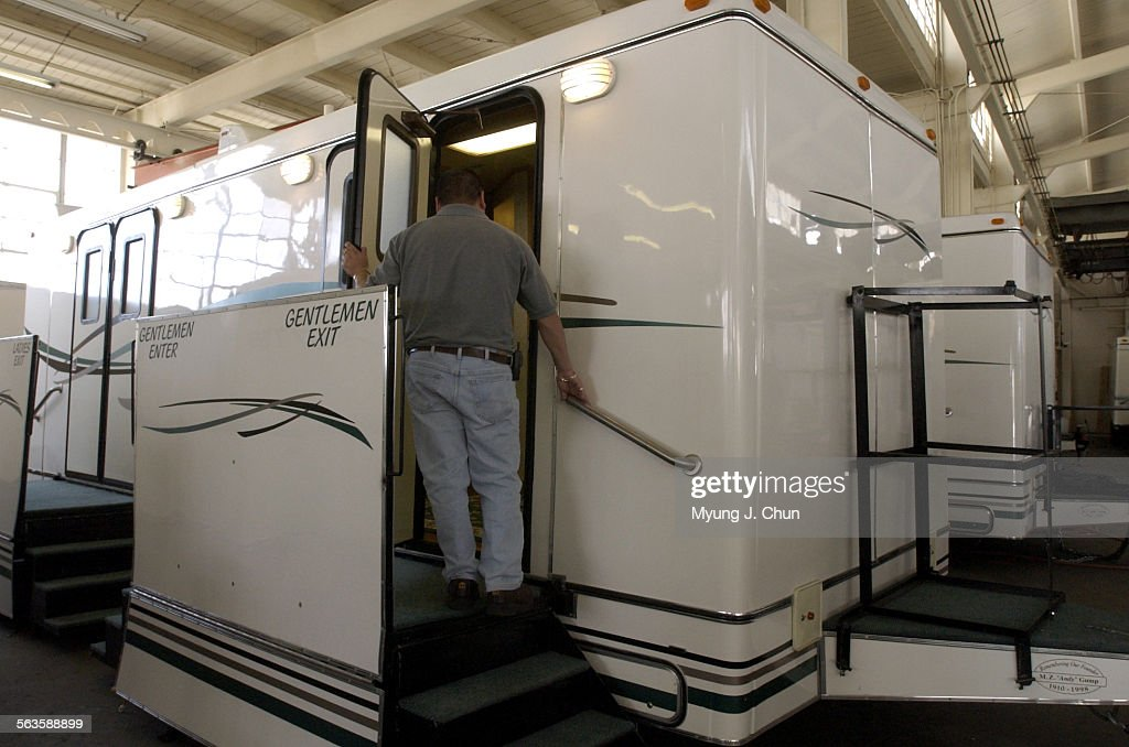 Andy Gumpu0027s Suite Model Of Portable Restrooms Offer Luxurious Touches.  Amenities Include Airu2013conditi