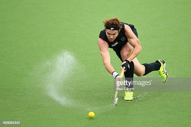 Andy Hayward of New Zealand in action during the Men's SemiFinal match between New Zealand and India at Glasgow National Hockey Centre during day ten...