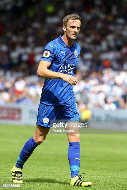 Andy King of Leicester City in action at KCOM Stadium during the Premier League match between Leicester City and Hull City at KC Stadium on August 13...