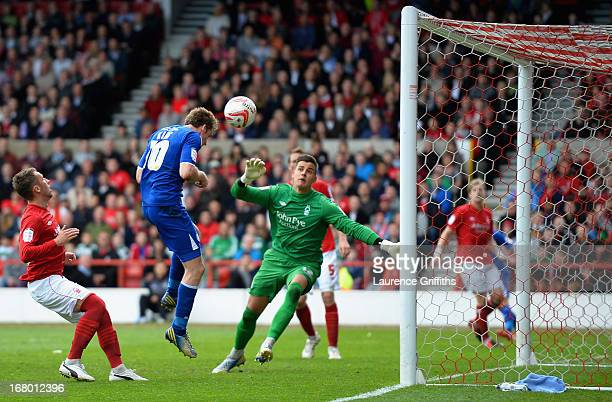 Andy King of Leicester City scores his sides second goal during the npower Championship match between Nottingham Forest and Leicester City at City...