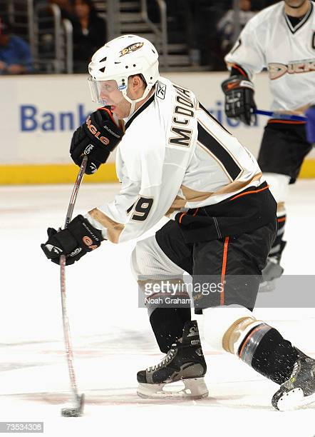 Andy McDonald of the Anaheim Ducks makes a crossice play against the Los Angeles Kings during their NHL game on March 1 2007 at the Staples Center in...