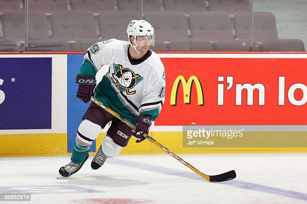 Andy McDonald the Mighty Ducks of Anaheim skates prior to a preseason NHL game against the Vancouver Canuck at General Motors Place on September 24...