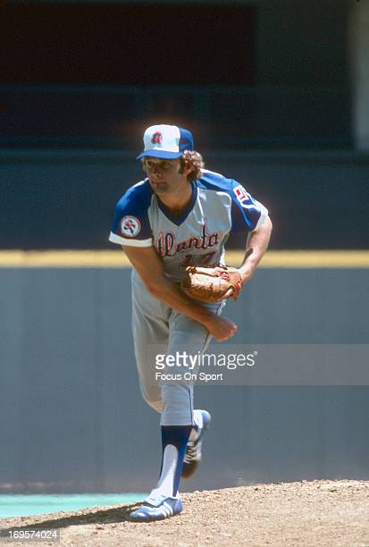 Andy Messersmith of the Atlanta Braves pitches during an Major League Baseball game circa 1976 Messersmith played for the Braves from 197677