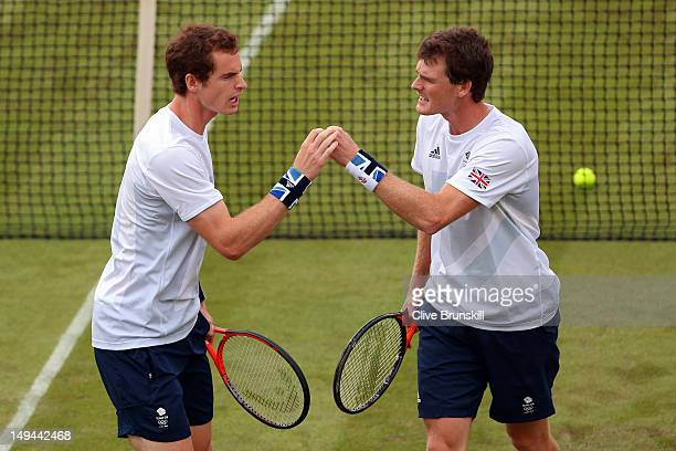 Andy Murray and Jamie Murray of Great Britain reacts after a point against Alexander Peya and Jurgen Melzer of Austria during their Men's Doubles...