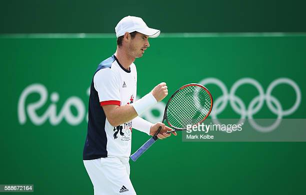 Andy Murray of Great Britain celebrates a point during the match against Steve Johnson of the United States in the Men's Singles Quarterfinal on Day...