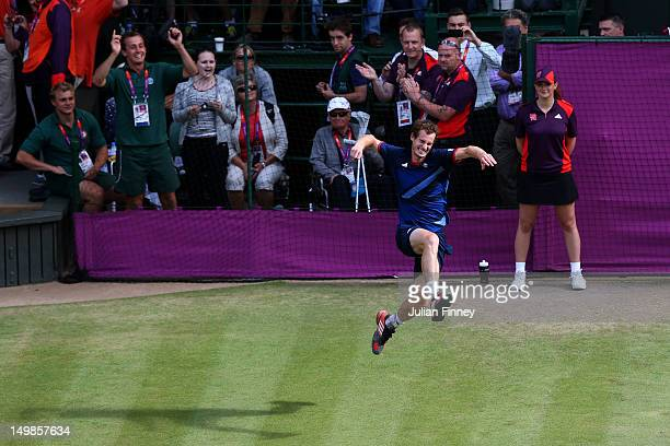 Andy Murray of Great Britain celebrates after defeating Roger Federer of Switzerland in the Men's Singles Tennis Gold Medal Match on Day 9 of the...