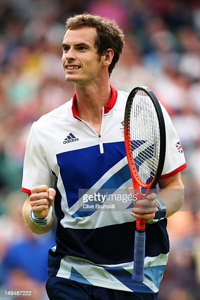 Andy Murray of Great Britain celebrates match point during the Men's Singles Tennis match against Stanislas Wawrinka of Switzerland on Day 2 of the...