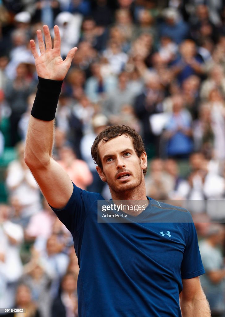 Andy Murray of Great Britain celebrates victory after his men's singles third round match against Juan Martin Del Potro of Argentina during day seven of the French Open at Roland Garros on June 3, 2017 in Paris, France.