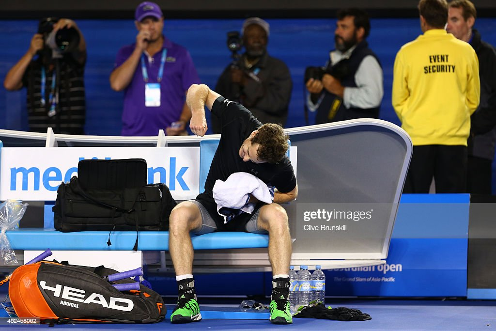 Andy Murray of Great Britain celebrates winning his semifinal match against Tomas Berdych of the Czech Republic during day 11 of the 2015 Australian Open at Melbourne Park on January 29, 2015 in Melbourne, Australia.