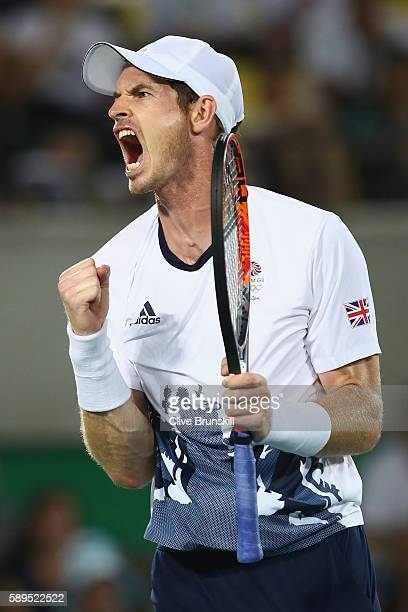 Andy Murray of Great Britain celebrates winning match point during the men's singles gold medal match against Juan Martin Del Potro of Argentina on...