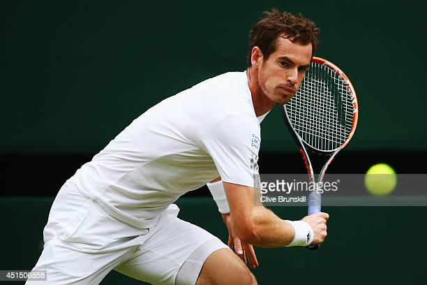 Andy Murray of Great Britain plays a backhand return during his Gentlemen's Singles fourth round match against Kevin Anderson of South Africa on day...