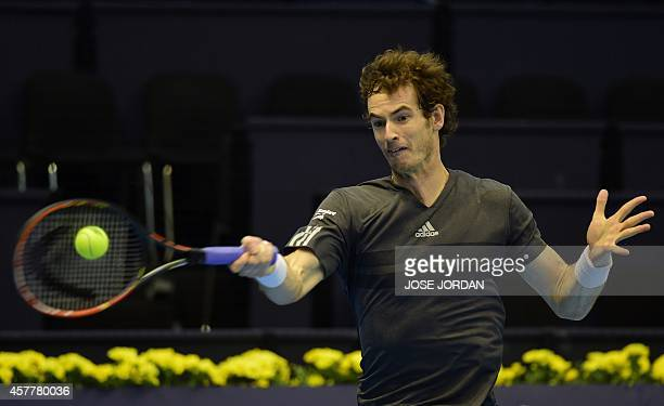 Andy Murray of Great Britain returns a ball to Kevin Anderson of South Africa during their quarterfinal match at the ATP Valencia Open inside the...