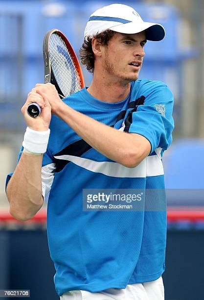Andy Murray of Great britain returns a shot to Fabio Fognini of Italy during the Coupe Rogers August 8, 2007 at Stade Uniprix in Montreal, Quebec,...
