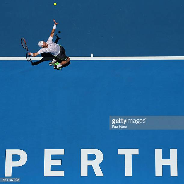 Andy Murray of Great Britain serves in his match against Jerzy Janowicz of Poland during day four of the 2015 Hopman Cup at Perth Arena on January 7,...