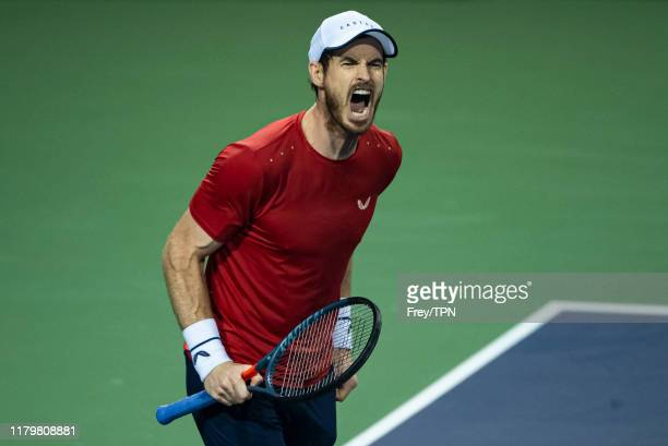 Andy Murray of Great Britain shouts in frustration during his match against Fabio Fognini of Italy in the second round of the Shanghai Rolex Masters...