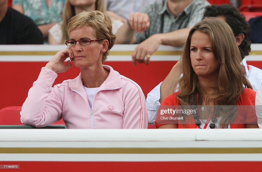 Andy Murray's mother, Judy (L) and his girlfriend Kim Sears watch the match between Andy Murray of Great Britain and Janko Tipsarevic of Serbia and Montenegro during the Stella Artois Championships at Queen's Club on June 13, 2006 in London, Engand.