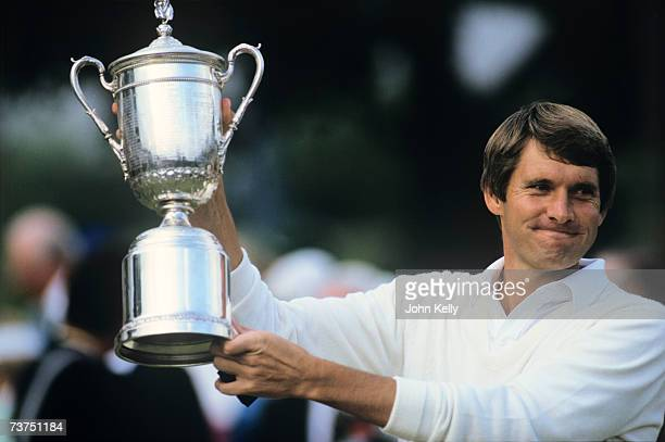 Andy North raises his trophy after winning the 1986 US Open at the Oakland Hills Country Club.