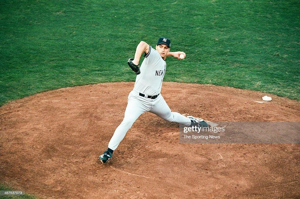 World Series -  New York Yankees v San Diego Padres - Game Four : News Photo