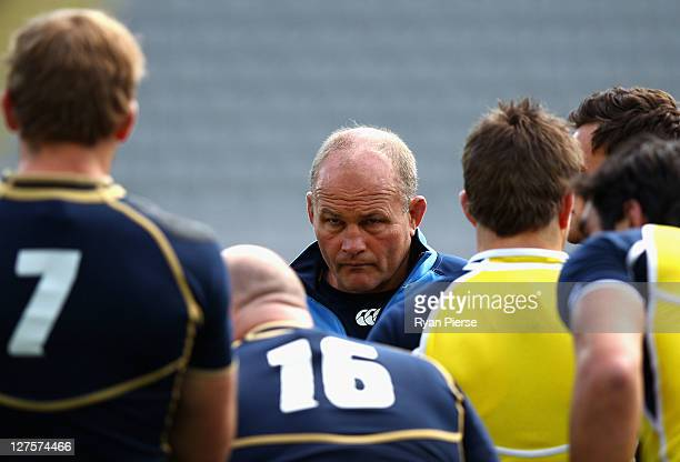 Andy Robinson, coach of Scotland, instructs his players during a Scotland IRB Rugby World Cup 2011 captain's run at Eden Park on September 30, 2011...