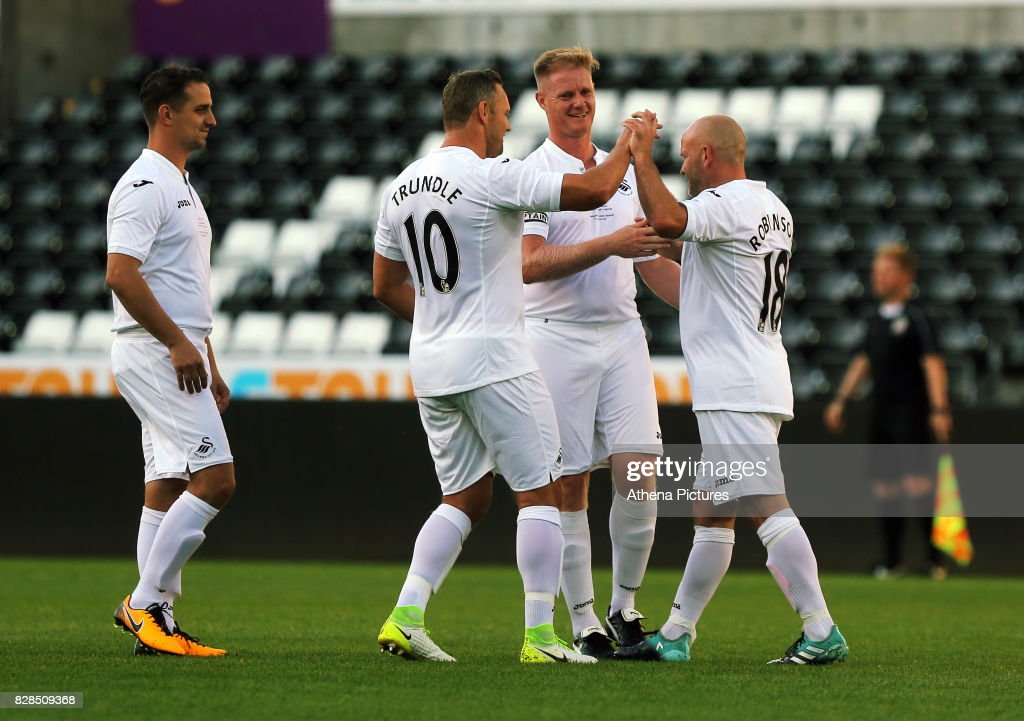 Swansea Legends v Manchester United Legends : News Photo