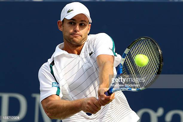Andy Roddick of the United States returns a shot against Julien Benneteau of France during Day Seven of the 2011 US Open at the USTA Billie Jean King...