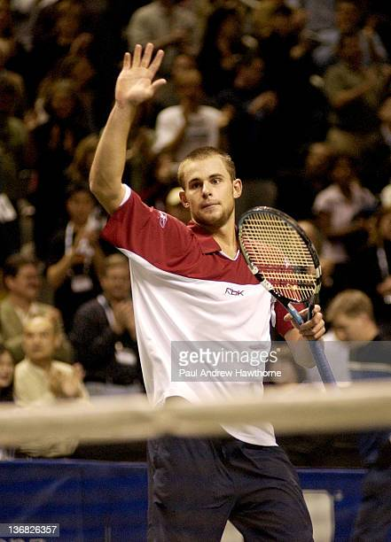 Andy Roddick waves to the fans after his finals match with Mardy Fish at the 2004 Siebel Open in San Jose, California, February 15, 2004. Roddick won...